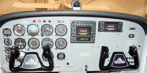 Instrument Panel of Luscombe 511BW